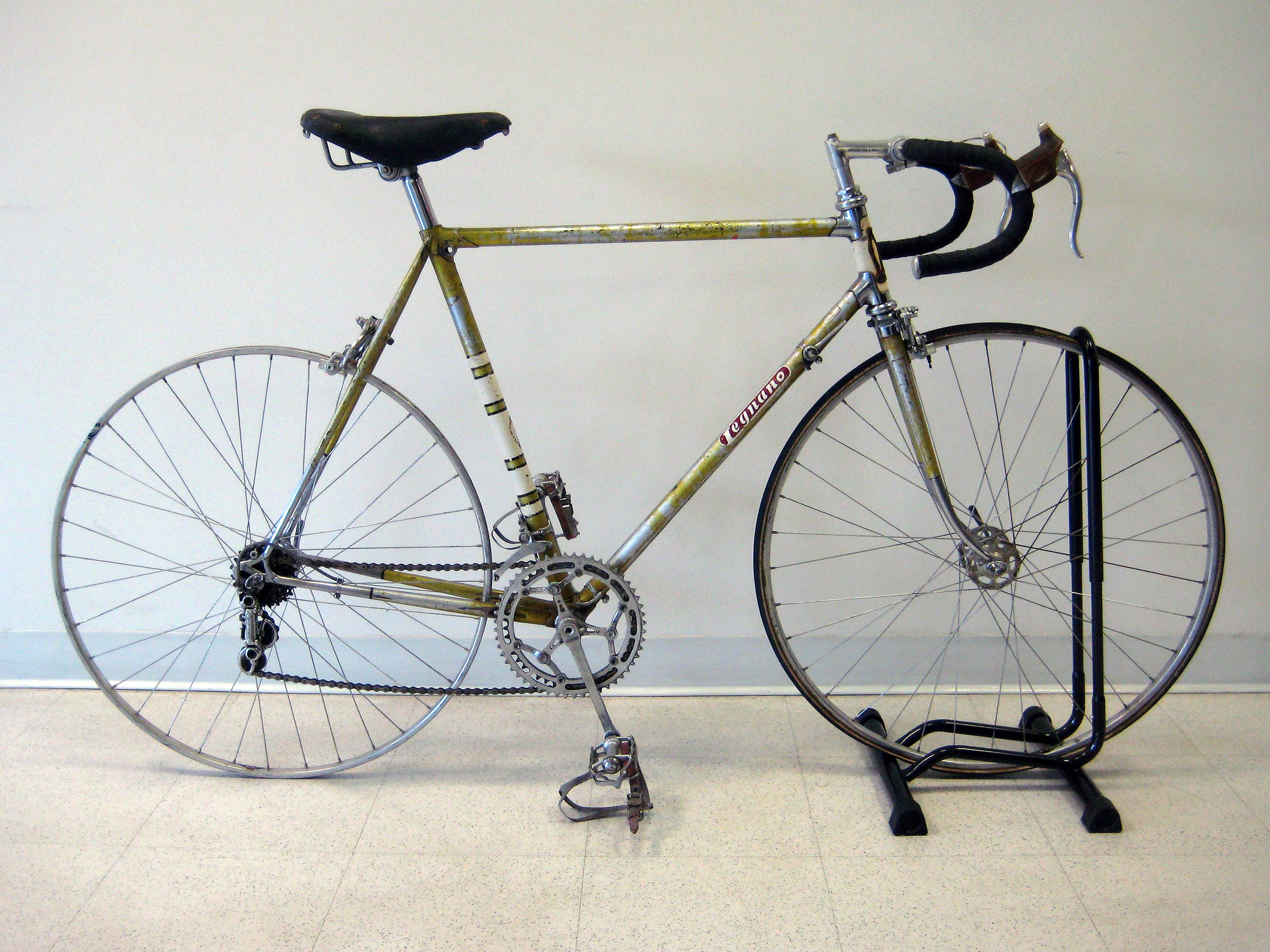 How to disassemble a bicycle